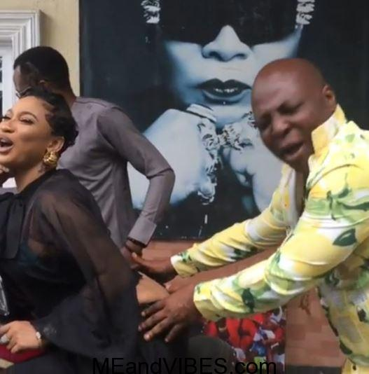 Charly Boy Seen Playing With Tonto Dikeh's Backside (Photo+Video)